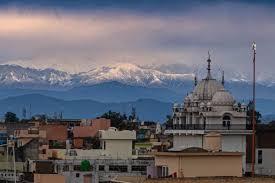In India, il cielo torna blu: l'Himalaya visibile da 200 km di ...
